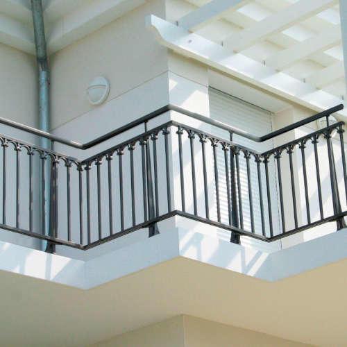 Garde Corps Haut Escalier garde-corps aluminium pour villa balustrade alu rambarde